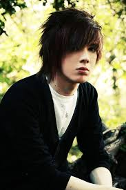 Cool Haircuts For Guys 40 Cool Emo Hairstyles For Guys Creative Ideas