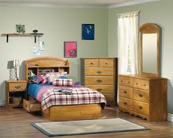 Childrens Oak Bedroom Furniture by Kids Bedroom Furniture Sets For Boys White Table Lamp Above Black
