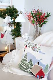 Tips To Decorate Home 5 Simple Tips To Decorate At The Holidays The Everygirl