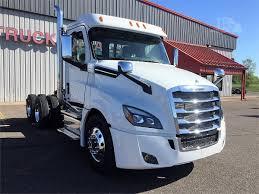 truckpaper com 2018 freightliner cascadia 126 for sale