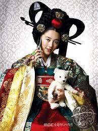 Nunta Traditionala in Coreea Images?q=tbn:ANd9GcSTy22r6IvK4Y1K5LlckLEI4R5gm8cls71Xs0LMPOCN0OJ7SEd_