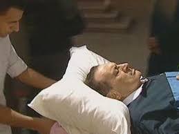 حسني مبارك يطلب زوجته تجهيز