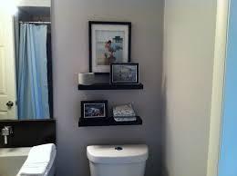 cool small bathroom shelving ideas