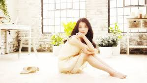 You always loved the sweet  cute girls  which is why IU makes a perfect date for your Valentine     s  With her bubbly and adorable personality  you guys will     Allkpop