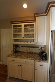 Crown Moulding Kitchen Cabinets 38 Best Display Cabinets Images On Pinterest Home Display