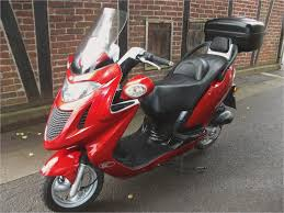 people 250 kymco kymco people gran dink 250 test kymco people s