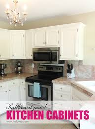 How To Paint Kitchen Cabinets Like A Pro Livelovediy The Chalkboard Paint Kitchen Cabinet Makeover