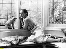 The Best Cat Ladies Throughout History   Happy National Cat Day Elle Anna Pavlova