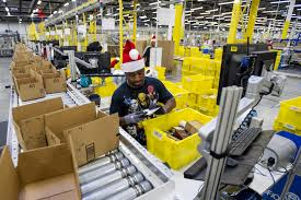 black friday shopping amazon online shoppers outnumbered store customers on black friday