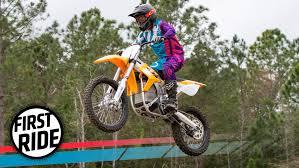 motocross dirt bikes this motorcycle sold me on electric dirt bikes gizmodo australia
