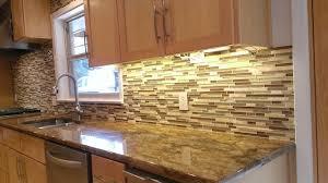 KITCHEN BACKSPLASH Linear Glass  Marble Mosaic Traditional - Kitchen with backsplash