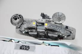 geek review magnetic floating millennium falcon by egg attack
