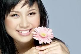 """Khánh Linh """"khoe"""" đã đính hôn với nhiếp ảnh gia Na Sơn Hôm qua, ca sĩ Khánh Linh cập nhật thông tin """"đã đính hôn với NaSon Nguyen"""" trên facebook. - 75172300159015bai-khanh-linh1%2520(2)"""
