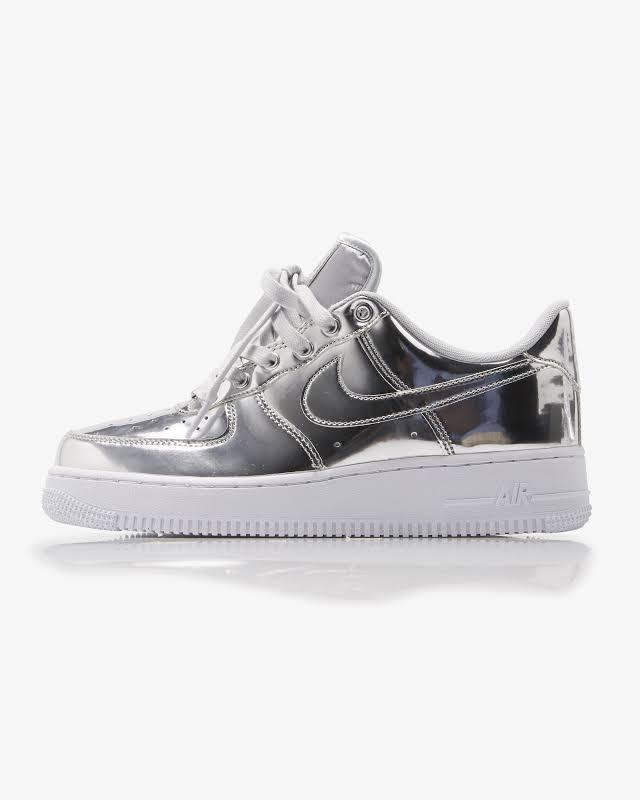 Nike Air Force 1 SP Shoe