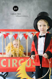 Funny Family Halloween Costumes by Best 25 Circus Family Costume Ideas On Pinterest Circus Costume