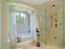 Как часто нужно стирать шторку в ванной?