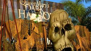 work at halloween horror nights behind the thrills queen mary dark harbor returns from the