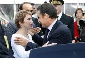 Le CV de Sarkozy, inattendu candidat à la présidentielle - Page 4 Images?q=tbn:ANd9GcSc-OypvSvfKAoJzkX3CgftlNyWZU7KWfNLGNUYeoZbfAbv3heX