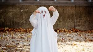 ghost writing book spirit halloween 7 ridiculously easy halloween costumes using only a bedsheet