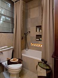 simple bathroom design with bathtub for small space image 94