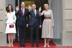 william kate george u0026 charlotte visit warsaw poland kate