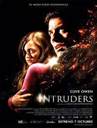 Intruders (2011) [Latino]
