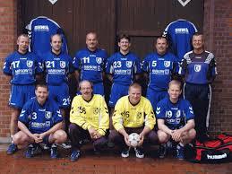 Stehend von links : Christoph Bischoff, Holger Frankenstein, Reinhard Prüßner, Markus Korf, Dirk Dembski, Zeitnehmer Rüdiger Eichhorn - 2Mannschaft