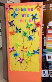 best 25 classroom window decorations ideas only on pinterest