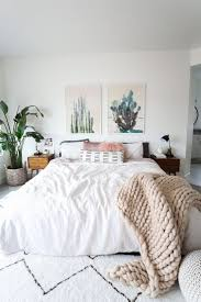 Pinterest Home Decorating by Best 20 White Bedroom Decor Ideas On Pinterest White Bedroom