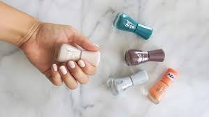 essence gel nail polishes review stealingbeauty