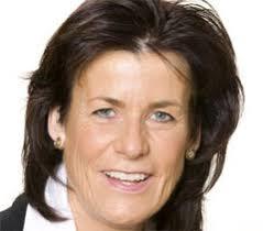 Annette Winkler är sedan hösten 2010 vd för Smart. Hon har nu bekräftat att eltrampcykeln Ebike ska serietillverkas från 2012. - 8dce9fe5d23eca4ba59b7f0aa12b6e2bde76af43