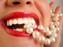Красивые зубы Images?q=tbn:ANd9GcShoBiLmyzpJ4-QZfLOFSWrq_JUDLOCg6j0QkmUP8rYJ_LIYtWg