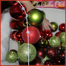 the chicken diy ornament wreath