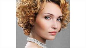 what short hair style is the best for wavy hair with a lot of