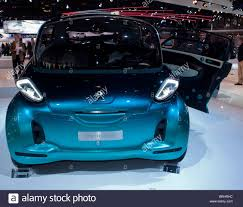 peugeot electric car paris france paris car show french peugeot electric concept