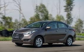 Hyundai HB20S chega reestilizado. Família com nova identidade ...
