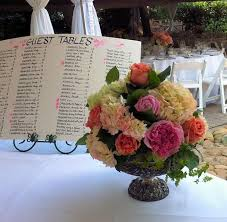Rainbow Wedding Centerpieces by 49 Best Wedding Flowers Images On Pinterest Flower Arrangements