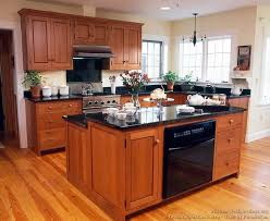 cherry cabinets in kitchen 178 best craftsman style kitchens images on pinterest craftsman