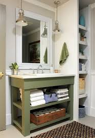 Redecorating Bathroom Ideas by Best 25 Lake House Bathroom Ideas On Pinterest Lake Decor
