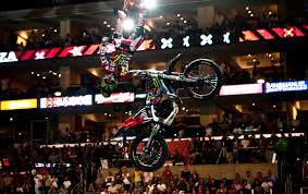 Loza\u0026#39;s new Moto X Best Trick move - ESPN - freeze_g_xgames2_576