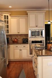 getting pumped up with red painted kitchen cabinet pictures colors the 25 best kitchen wall colors ideas on pinterest kitchen