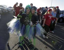 seahawks 49ers thanksgiving 49ers fans serve thanksgiving dinner while tailgating sfgate