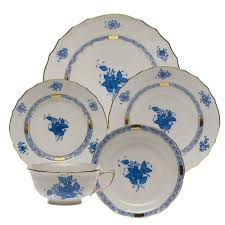 5 wedding china patterns you should know before registering over