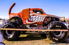 bigfoot monster truck wiki monster mutt monster trucks wiki fandom powered by wikia
