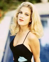 Donna Martin (Tori Spelling) - 90210-donna-martin