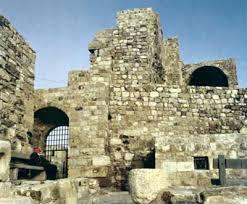 أشهر الأماكن السياحية والأثرية في images?q=tbn:ANd9GcSr-lb_DpqzE2vAIptGBif5sHZGSukvXSIO5LPGLyFXDbK1hj10&t=1