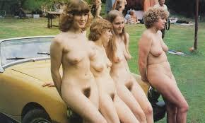 retro nude family|
