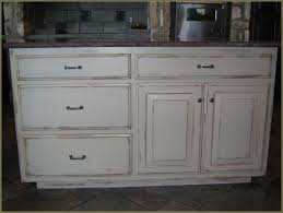 Antiqued Kitchen Cabinets by Diy Distressed White Kitchen Cabinets Home Design Ideas