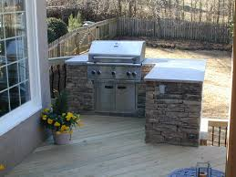 Diy Outdoor Kitchen Ideas Built In Grill On Wood Deck Deck And Patio Ideas Pinterest