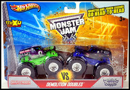grave digger monster truck song amazon com 2013 wheels monster jam truck grave digger vs son